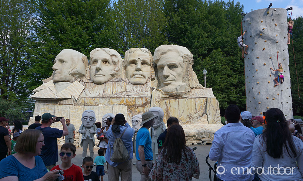 An image of an Experiential marketing activation featuring a copy of Mt Rushmore
