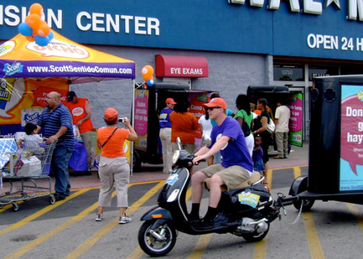 Scott Scooter Tour spreads wisdom (and paper towels) across the country